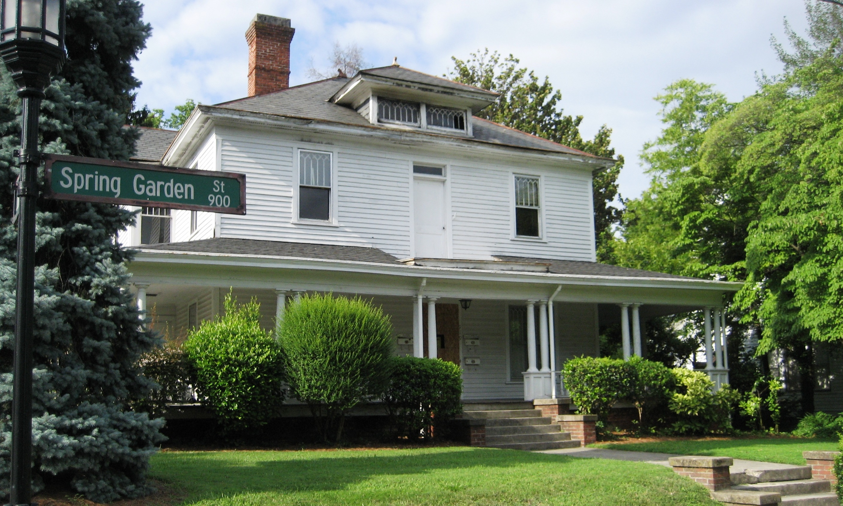 College Hill Home With Rich Past Available For Major Restoration ...