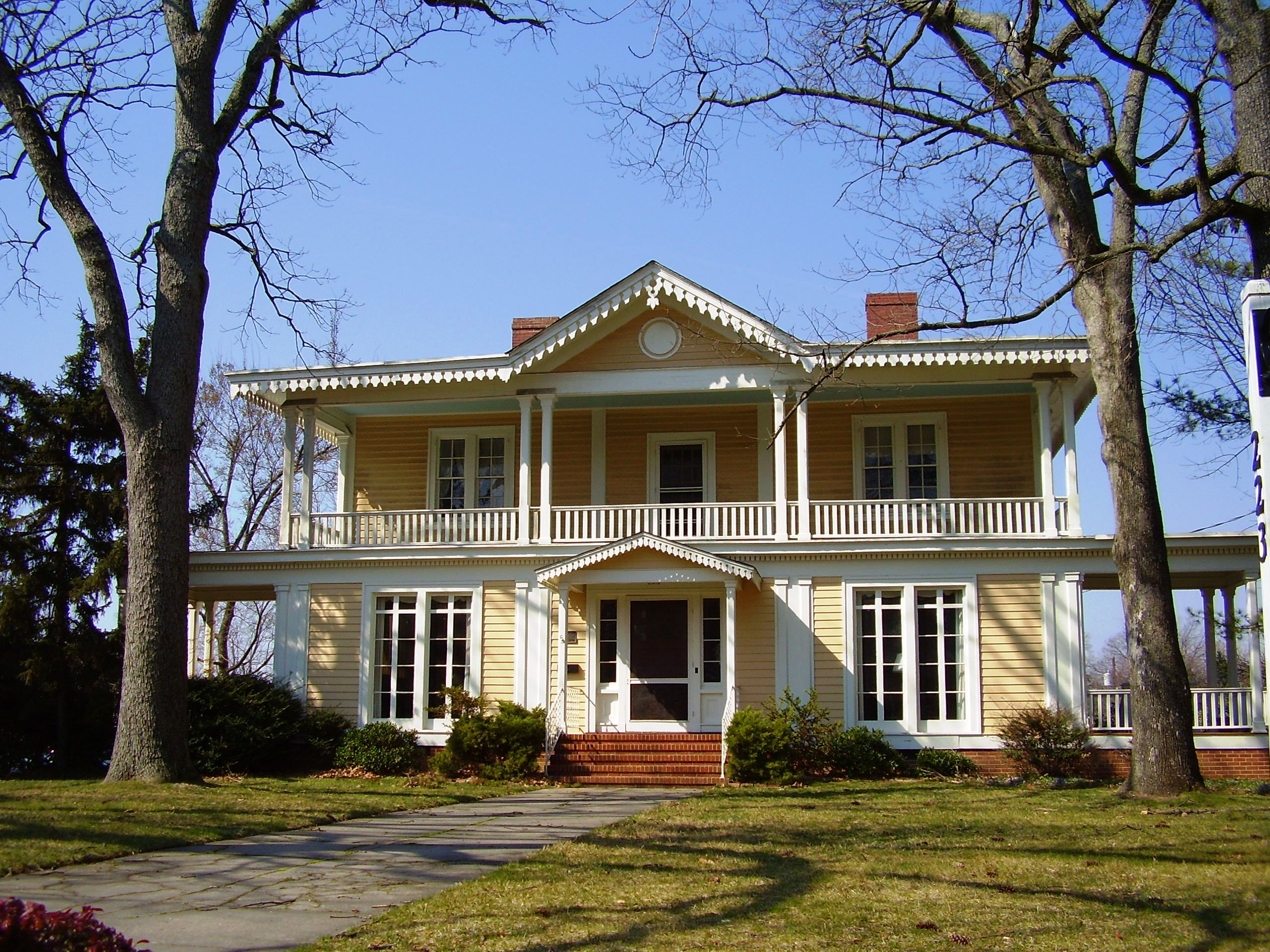 Greensboro s grand houses preservation greensboro for House pictures